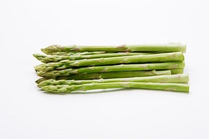 アスパラガスの栄養と効能!食べ過ぎると健康に悪影響?