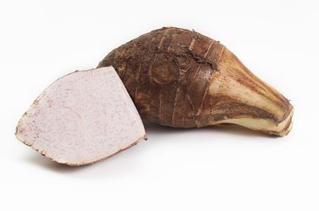 里芋は生で食べられる?腹痛や下痢の原因になることも?